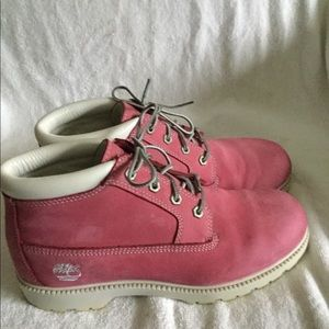 Timberland Women's pink waterproof boots size 10 M